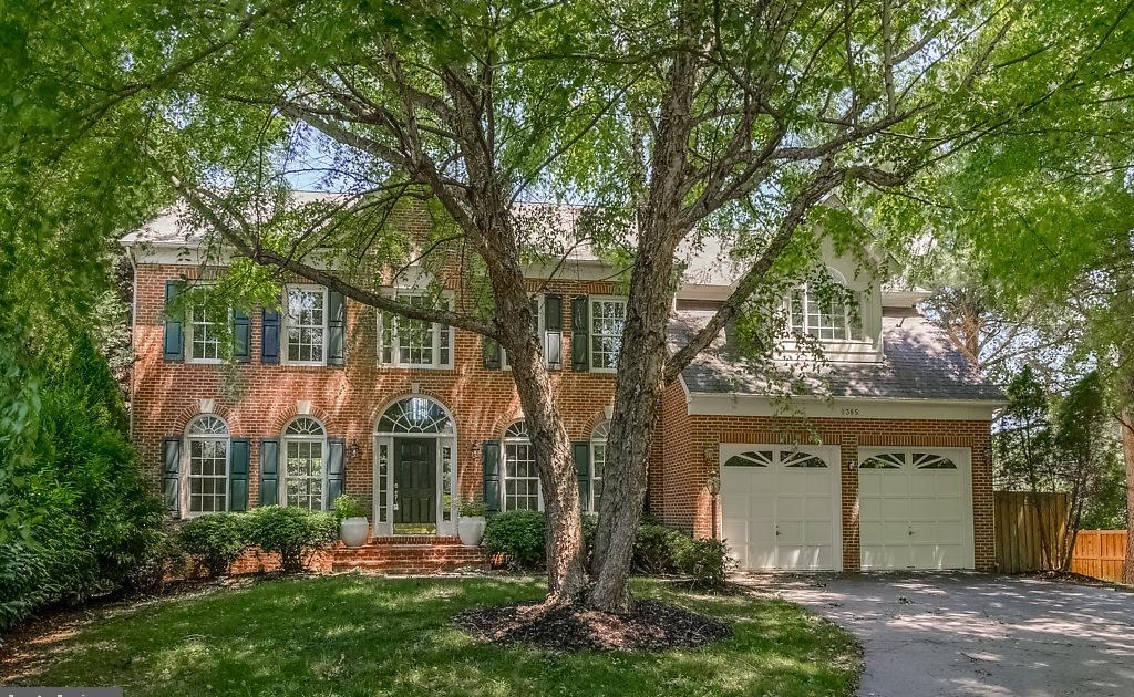 Sold $800,000: 9385 Colbert Court, Fairfax, Va., 22032